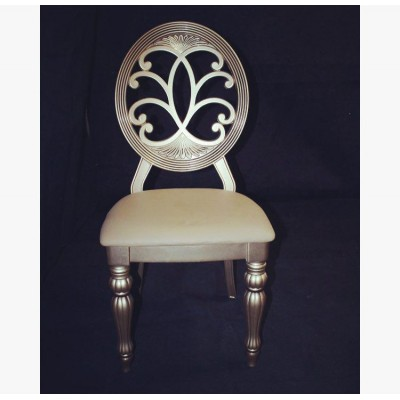 صندلی مبله چوبی